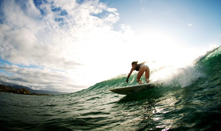 Lindsay Perry Signs to Billabong - Surf Collective NYC