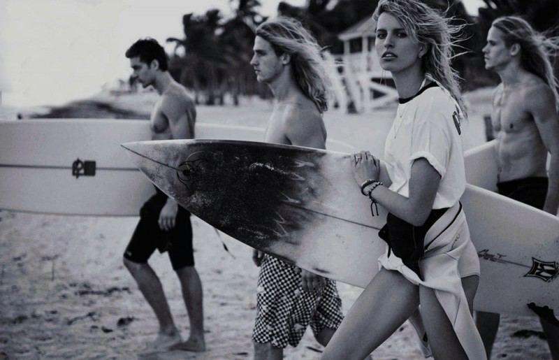 Surf Report with Karolina Kurkova - Vogue Spain June 2014 - 800