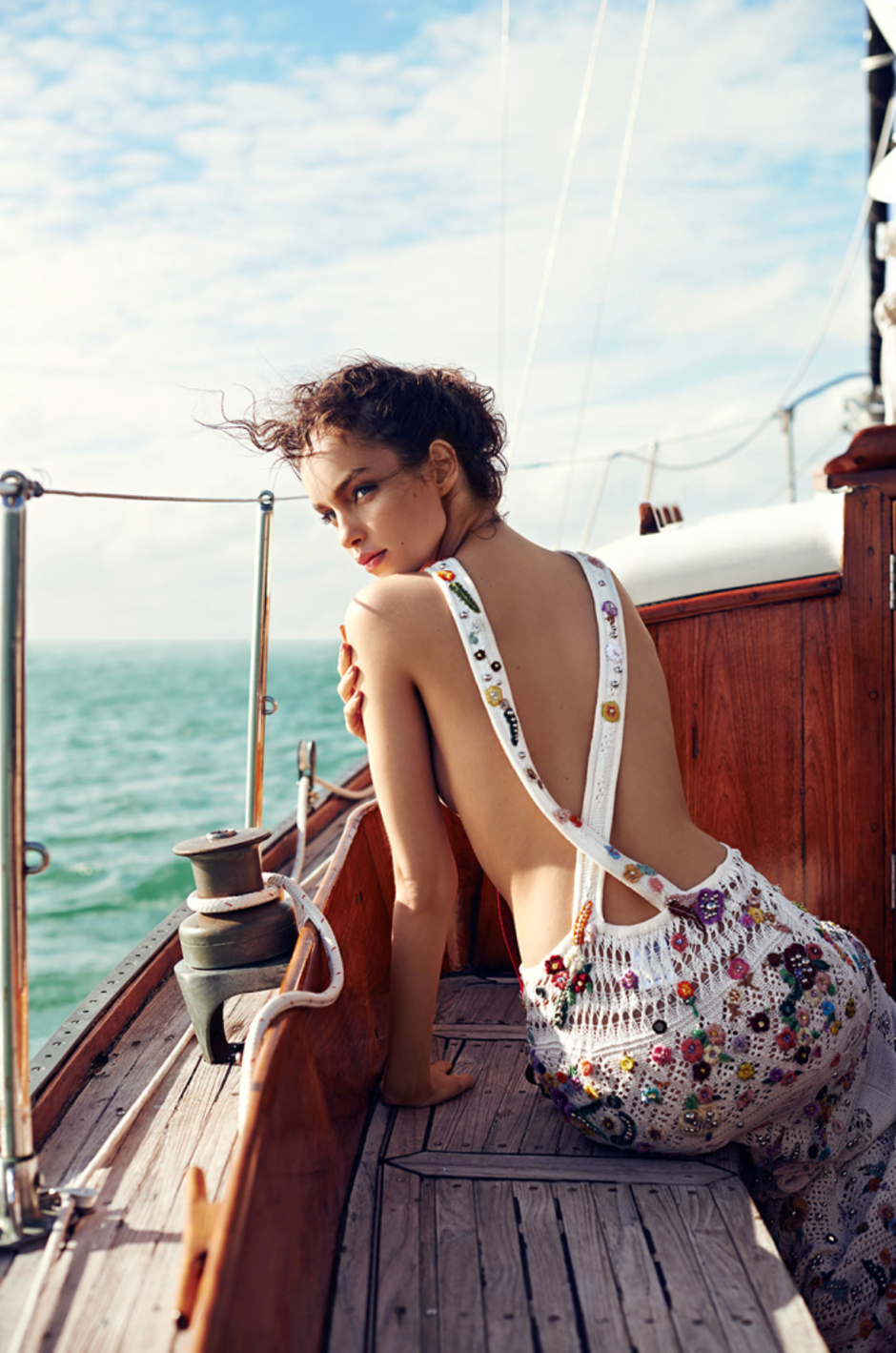 MODEL LUMA GROTHE SAILING IN MEXICO 10