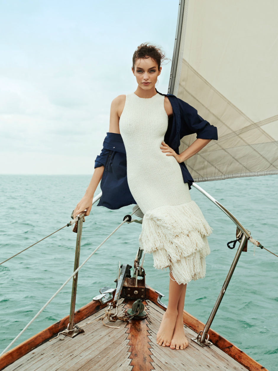 MODEL LUMA GROTHE SAILING IN MEXICO 4