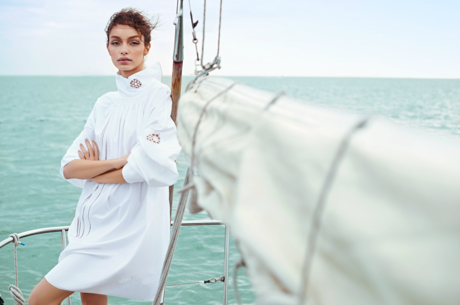 MODEL LUMA GROTHE SAILING IN MEXICO 8